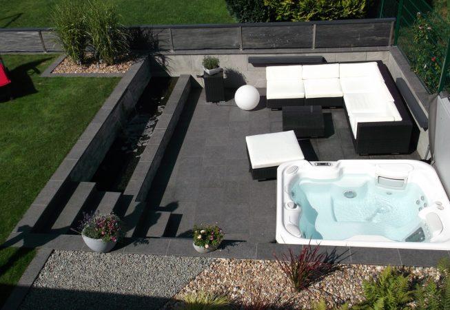 Betonbau Garten Whirlpool